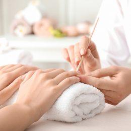 Handpflege Maniküre